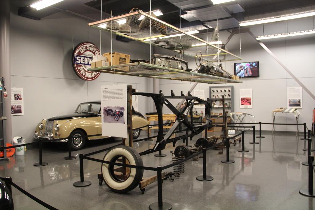America On Wheels Repair Shop
