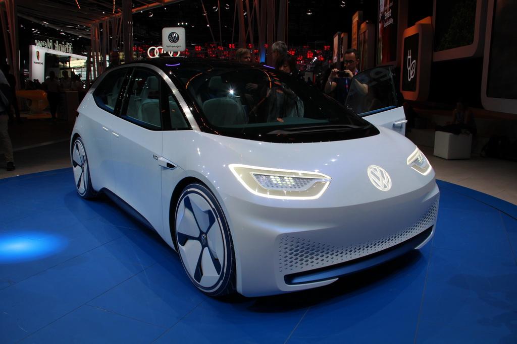 Volkswagen реабилитируется за Дизельгейт с помощью электромобилей