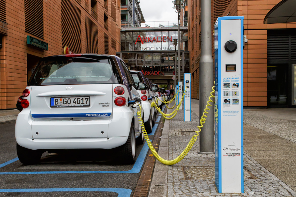 Германия официально отказывается от топливных автомобилей