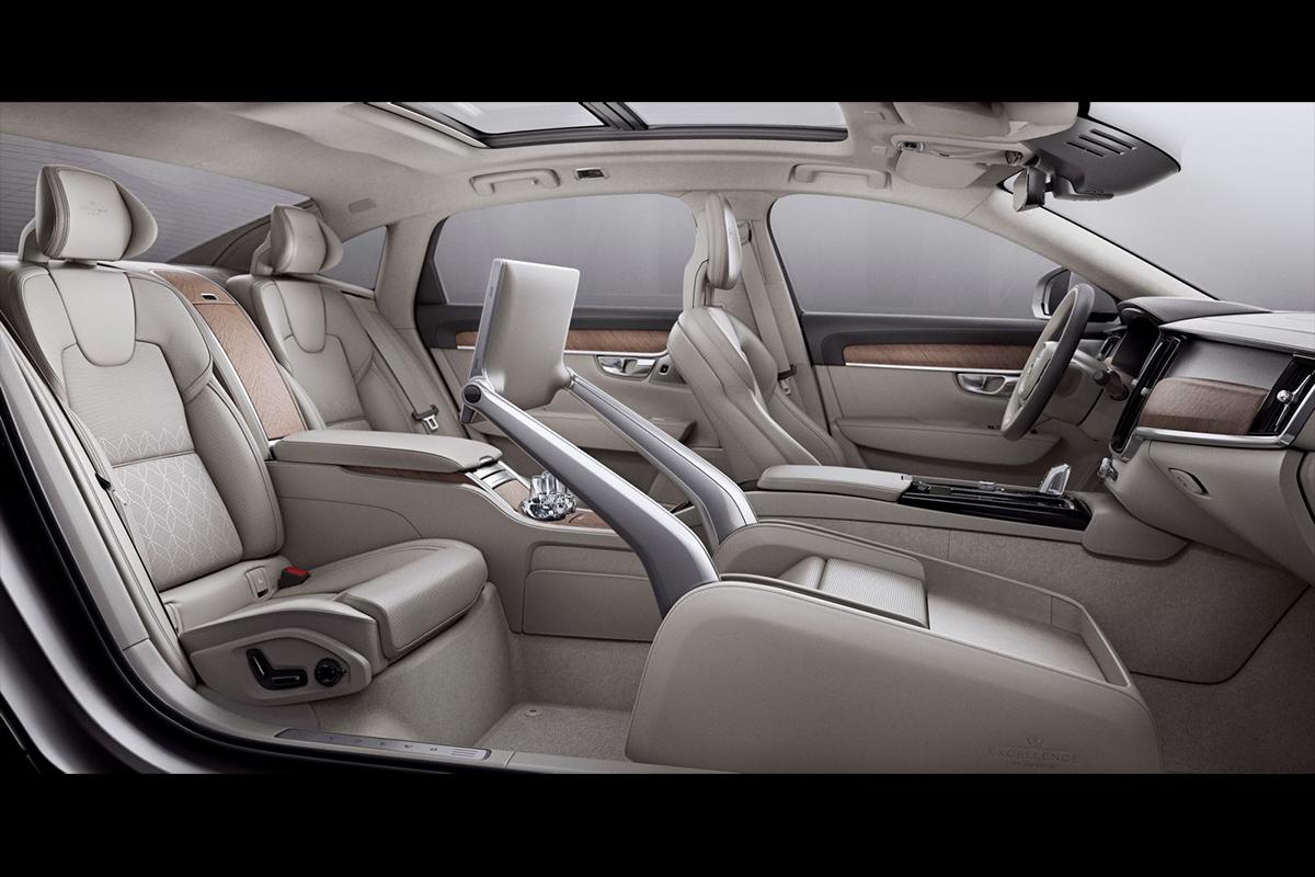 Volvo S90L Excellence – самый роскошный Вольво в истории
