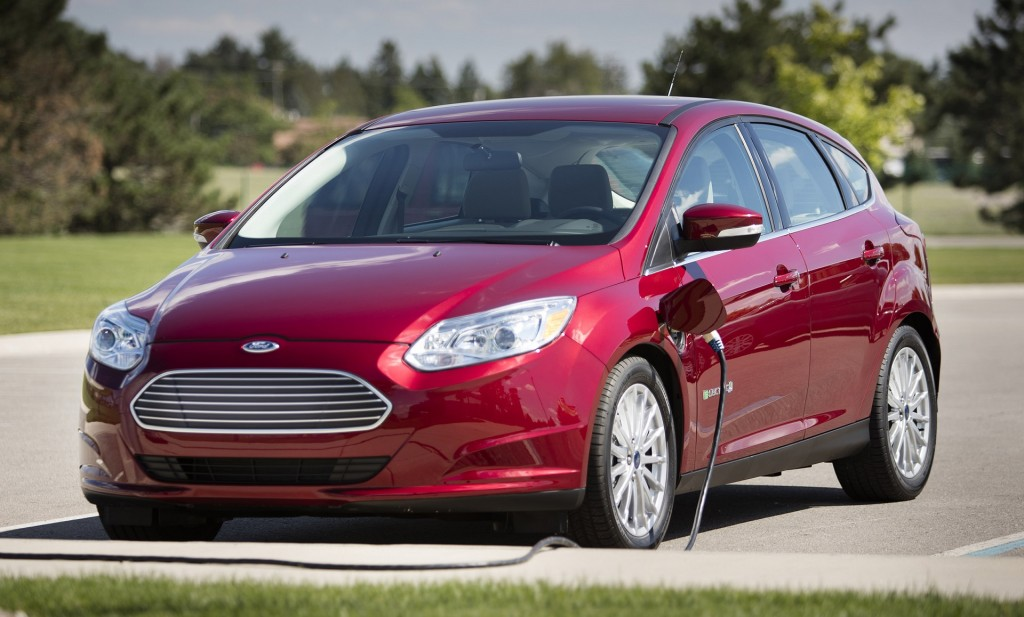 2017-ford-focus-electric_100583352_l