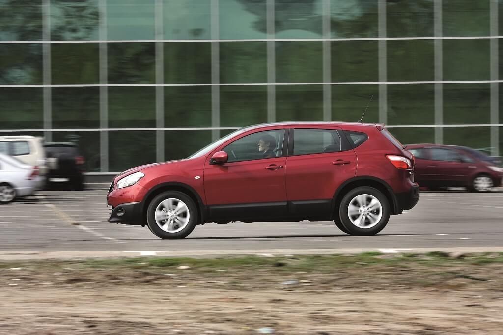 Nissan Qashqai Дорожный просвет - 205 мм. Полный привод - подкл. полный или передний. Межосевая муфта - с блокировкой автоматической или принудительной. 3 режима работы полноприв. трансмиссии.