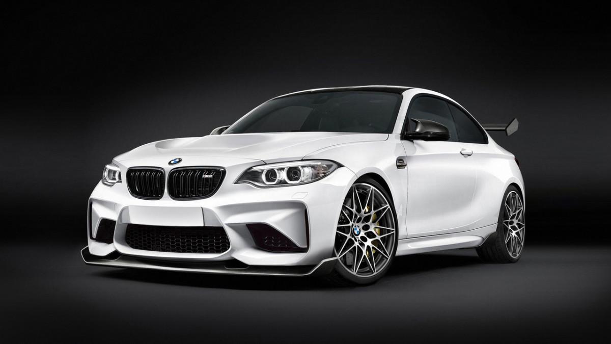 Заряженное купе BMW M2 CS представят в 2018 году