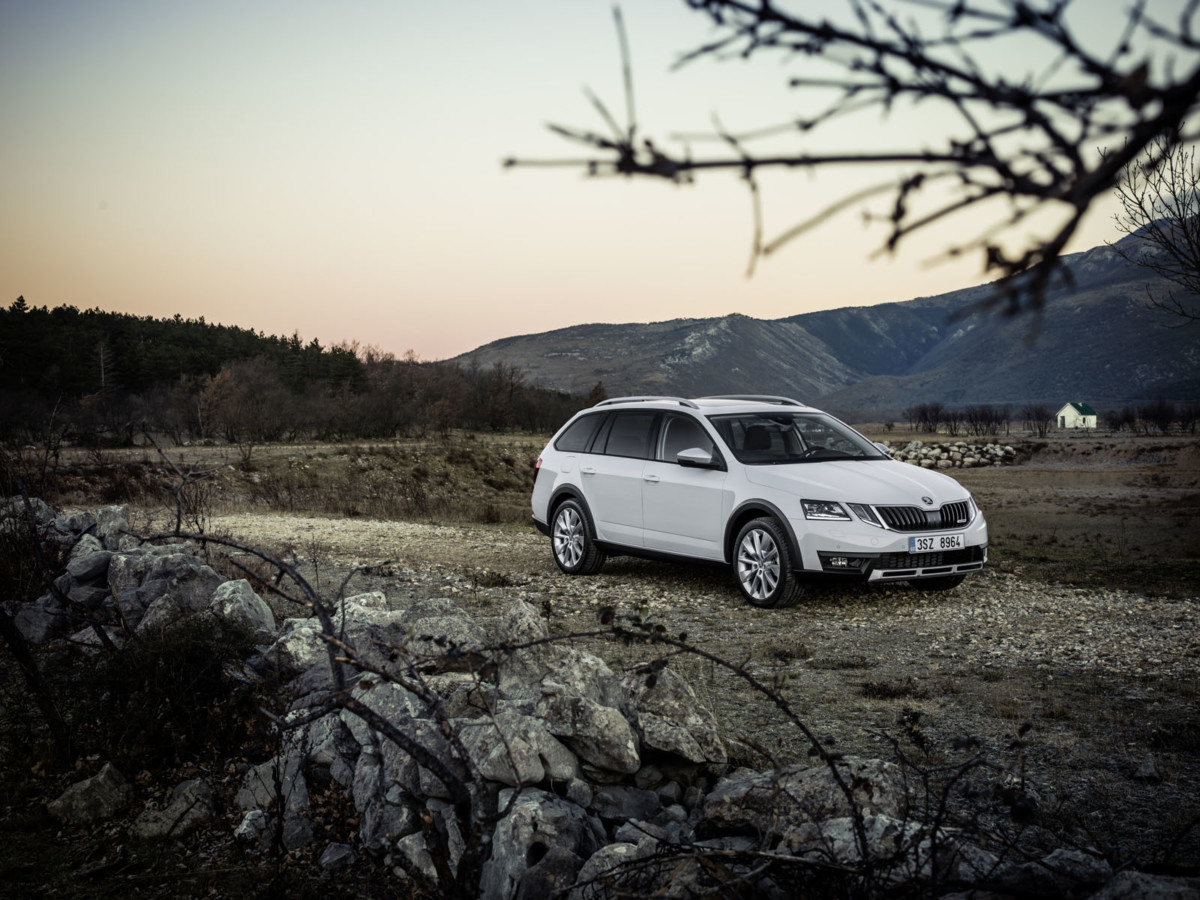 Обновленная Skoda Octavia 2017. Объявлены европейские цены