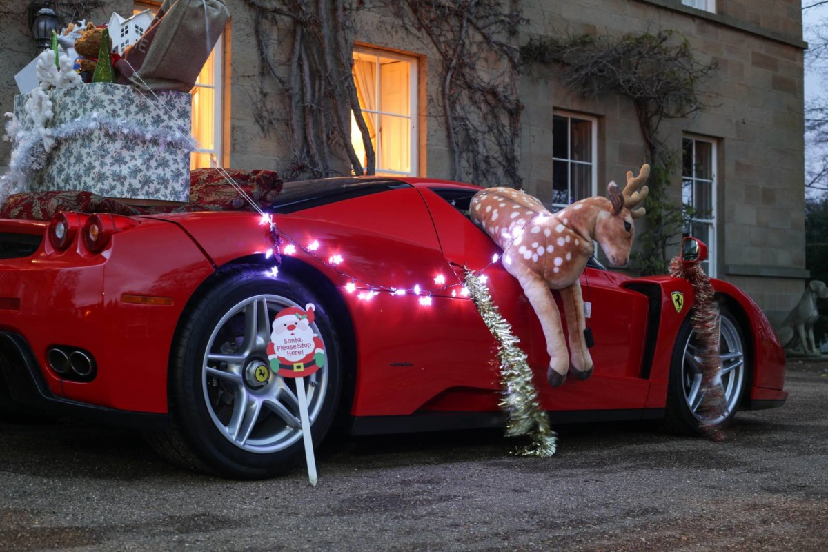 Суперкар Ferrari Enzo – лучше, чем сани Санта Клауса