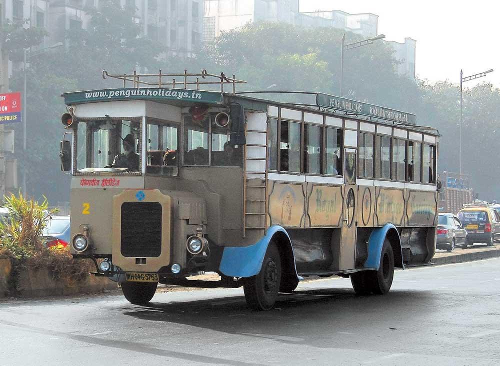 Автобус в стиле ретро от индийского дизайн-ателье Sudha-Cars