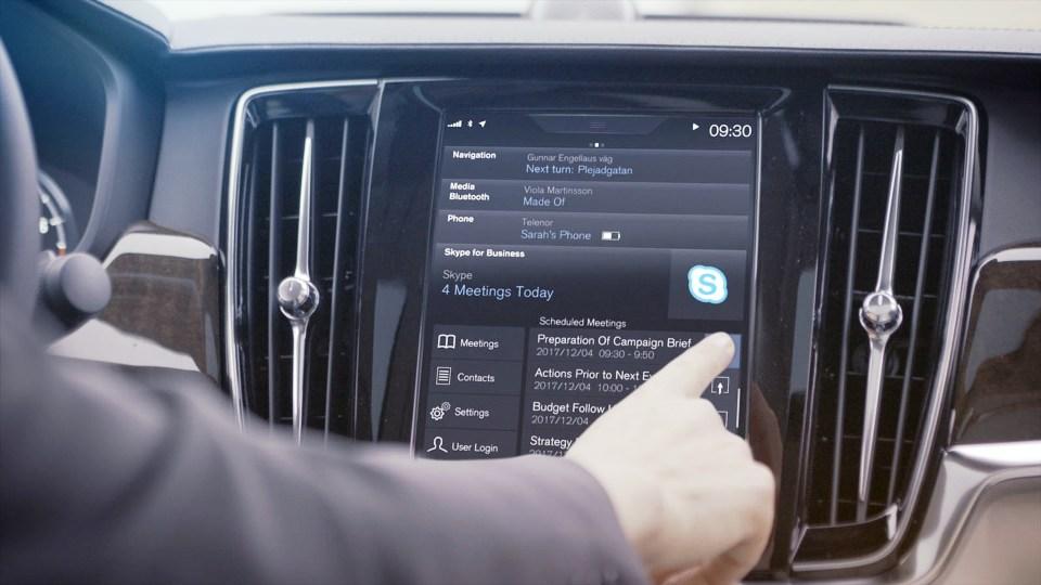 Автомобили Volvo подружились со Skype