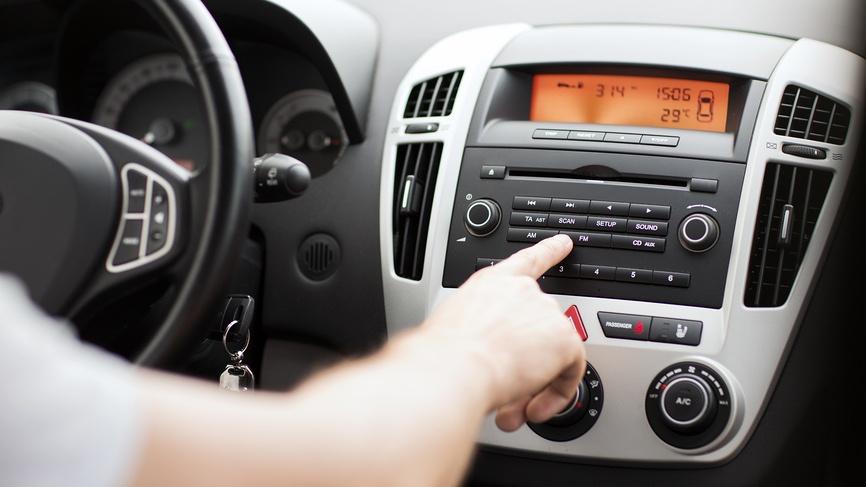 Как влияет музыка на вождение