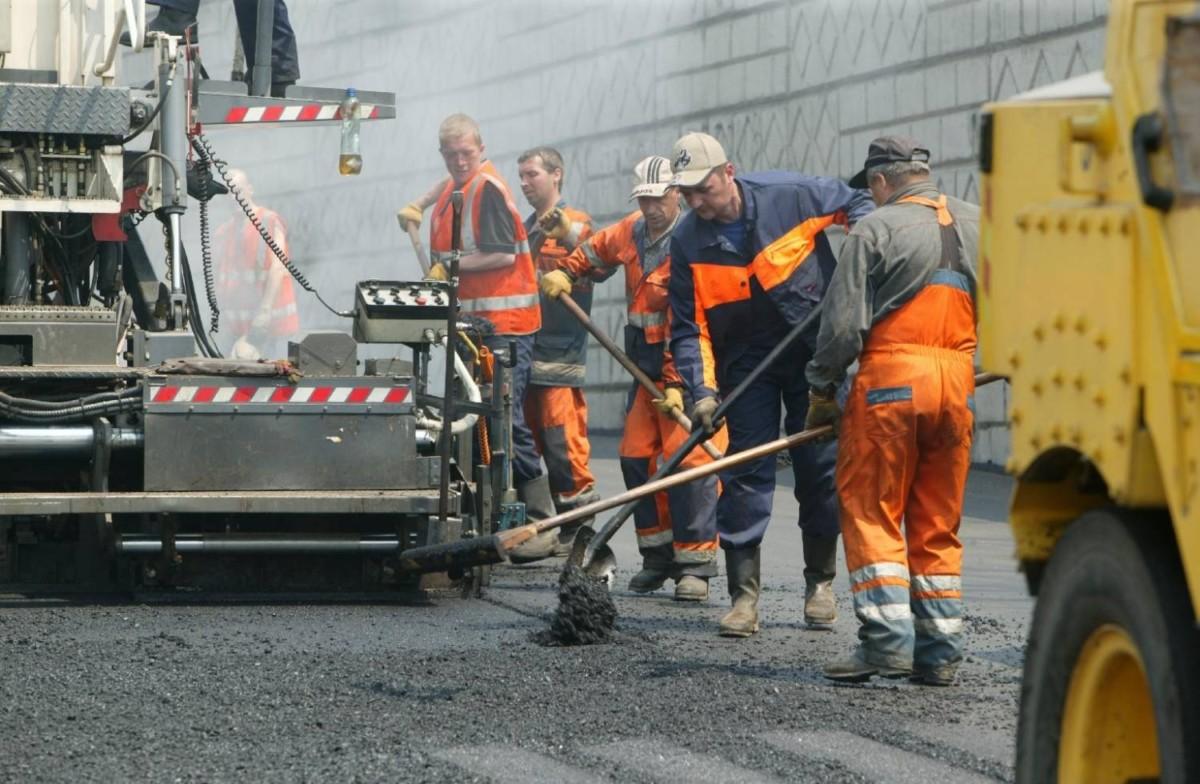 В Украине за год планируют отремонтировать 2500 км дорог