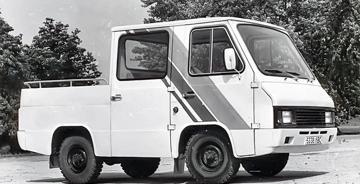 Пикап с двухрядной кабиной - модель 3990