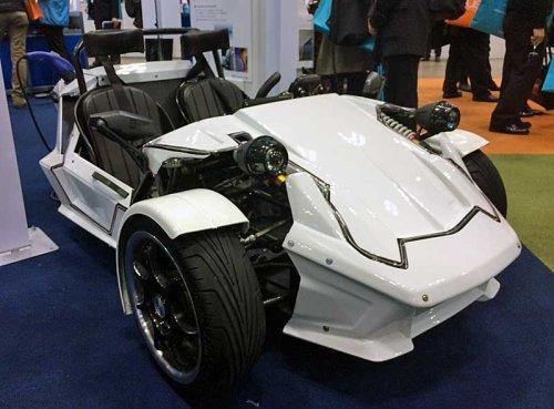 Toyota создала трехколесный электромобиль весом всего 300 кг