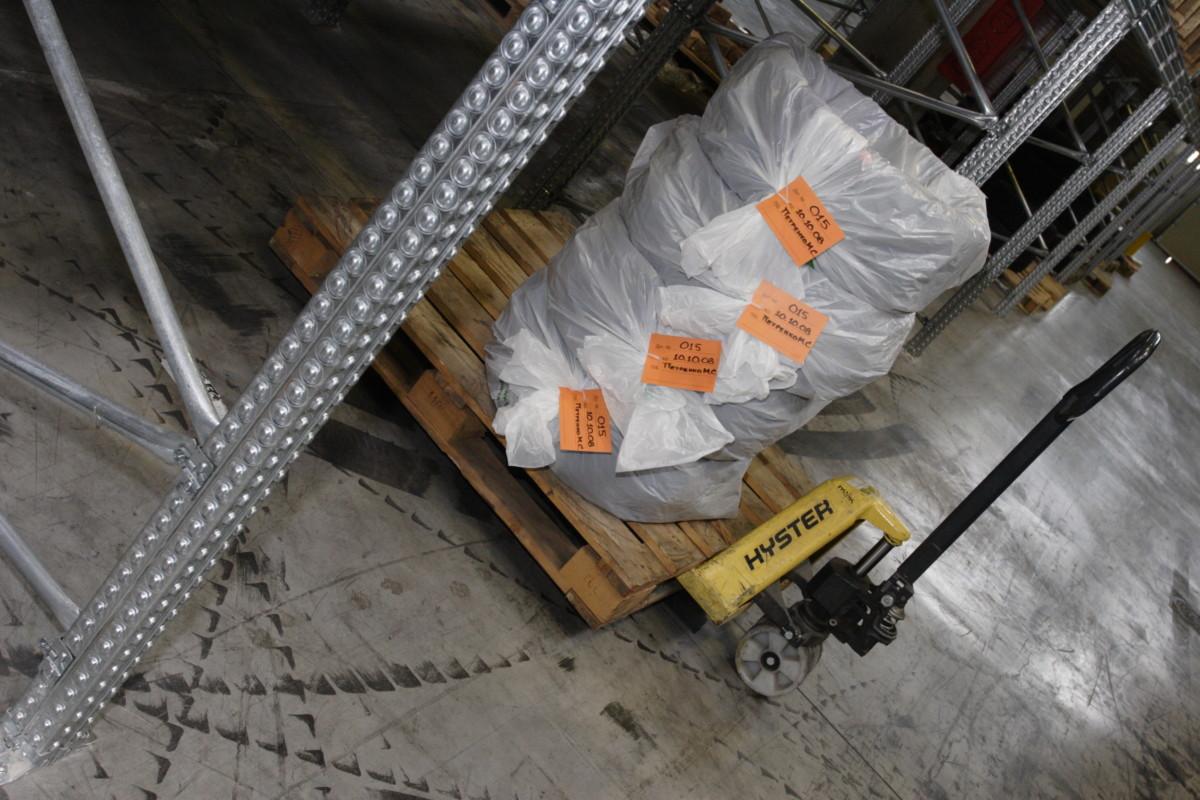 В премиальных шинных центрах шины на период хранения даже упаковывают в специальные пакеты
