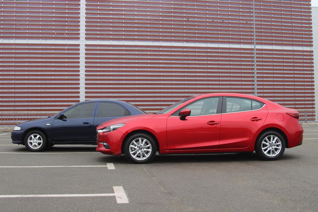 Mazda 3 и Mazda 323