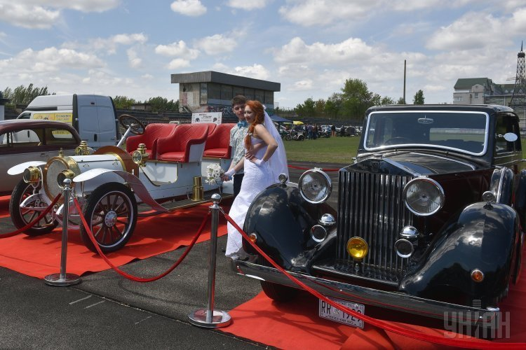 Фестиваль ретроавтомобилей «Запорожские врата-2017»