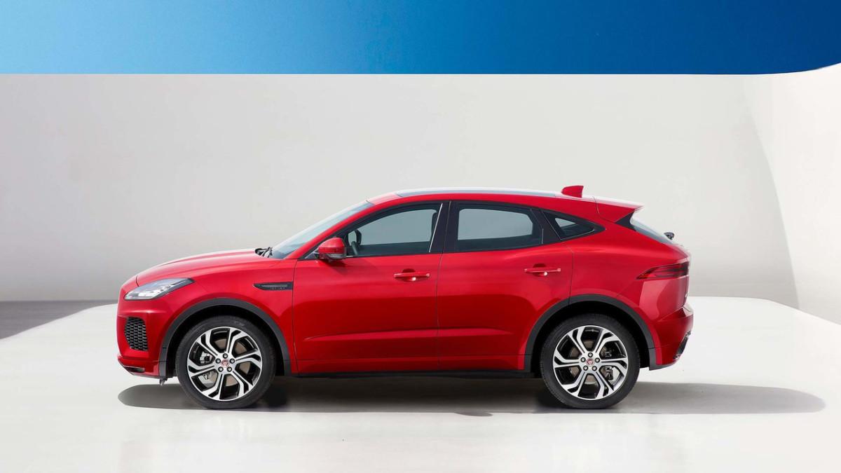 Jaguar E-Pace 2018: фото и подробности компактного ...