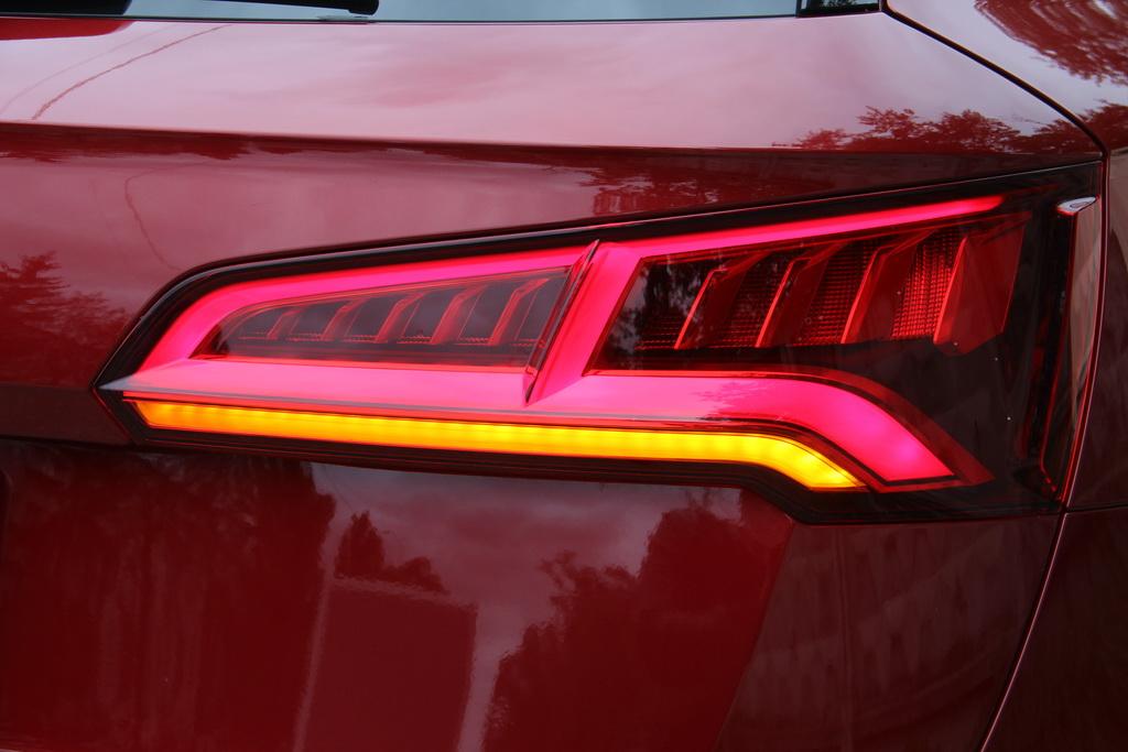ЛЭД оптика Audi