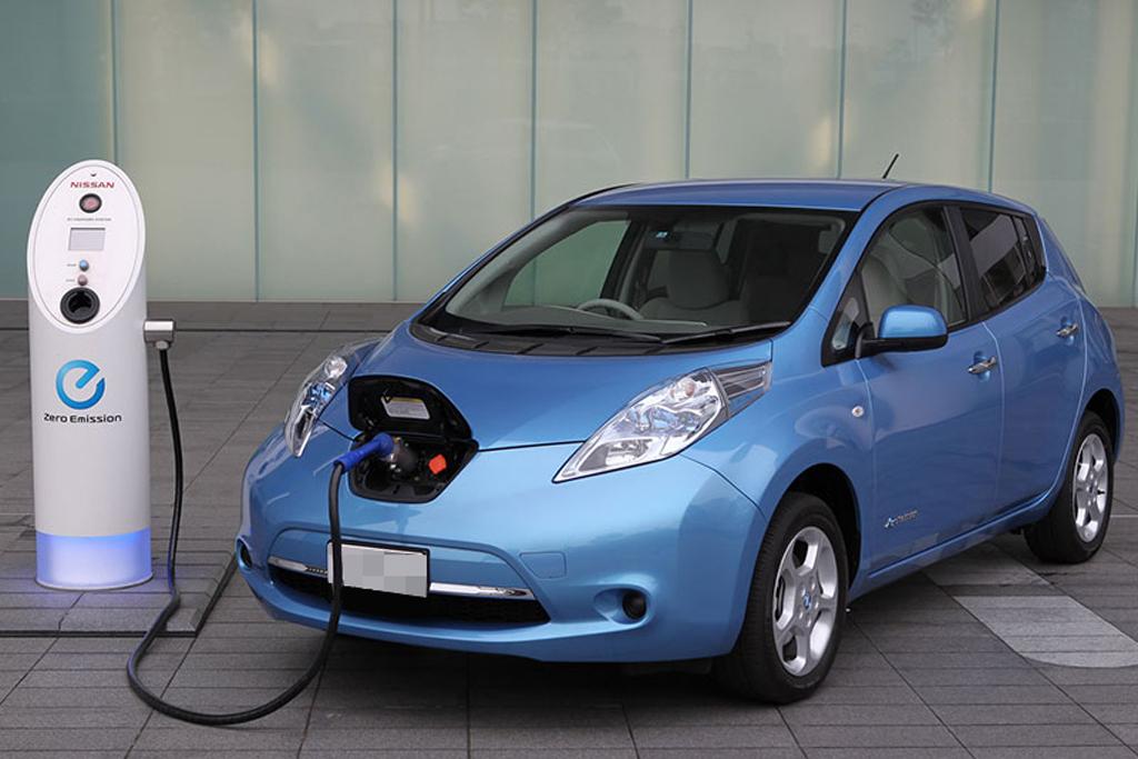 Электромобили в Украине предлагают освободить от акциза и НДС
