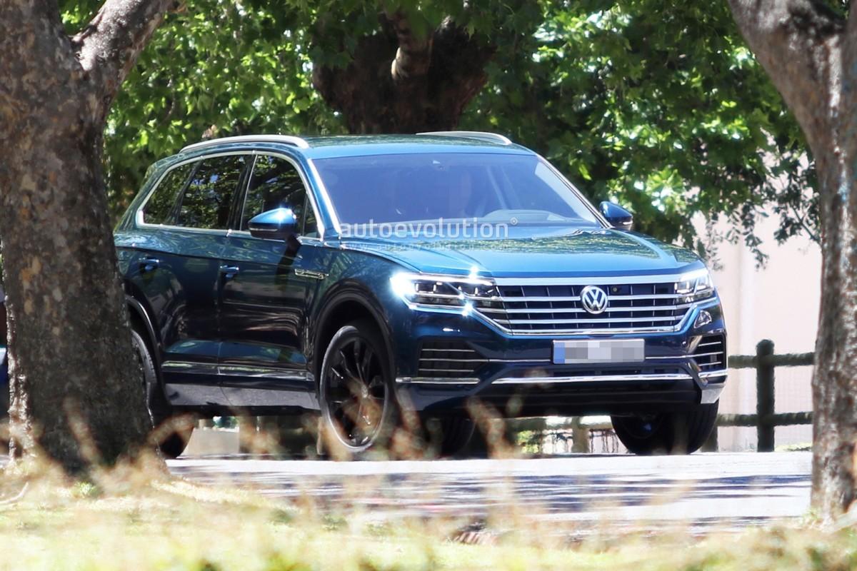 Новый Volkswagen Touareg 2018 дебютирует весной