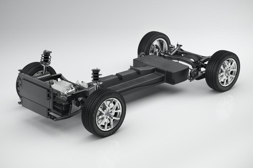 Первые подробности нового Volvo V40 2019