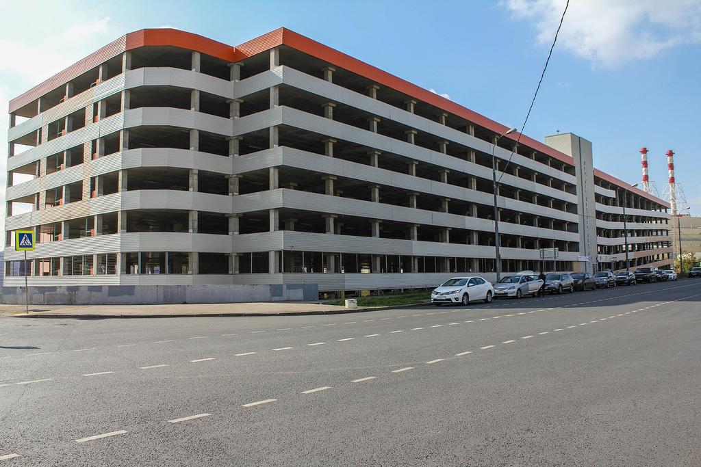 В Киеве появятся многоуровневые паркинги на месте гаражей