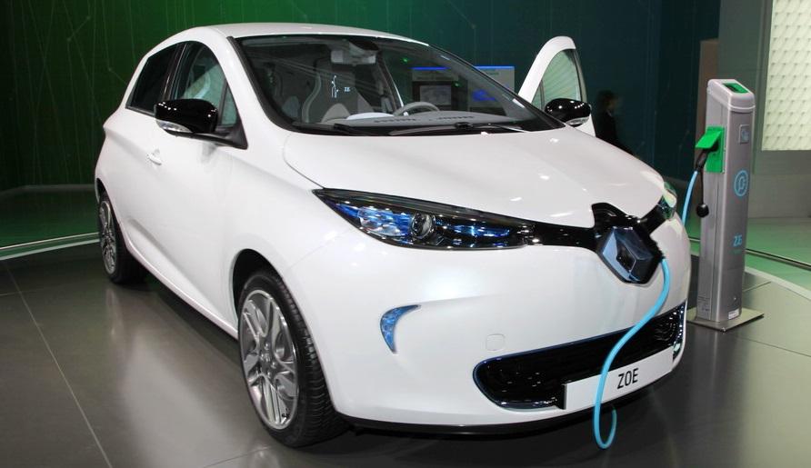 Один из популярных электромобилей в Европе - Renault ZOE