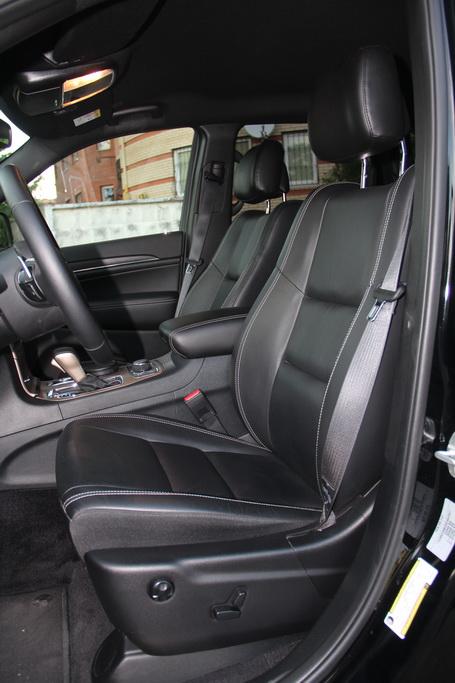 Кресло водителя Jeep Grand Cherokee 2018