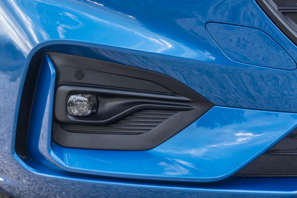 Передний бампер Ford Focus 2018