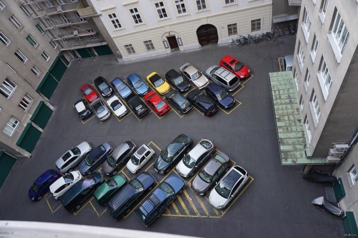 личный автомобиль парковка