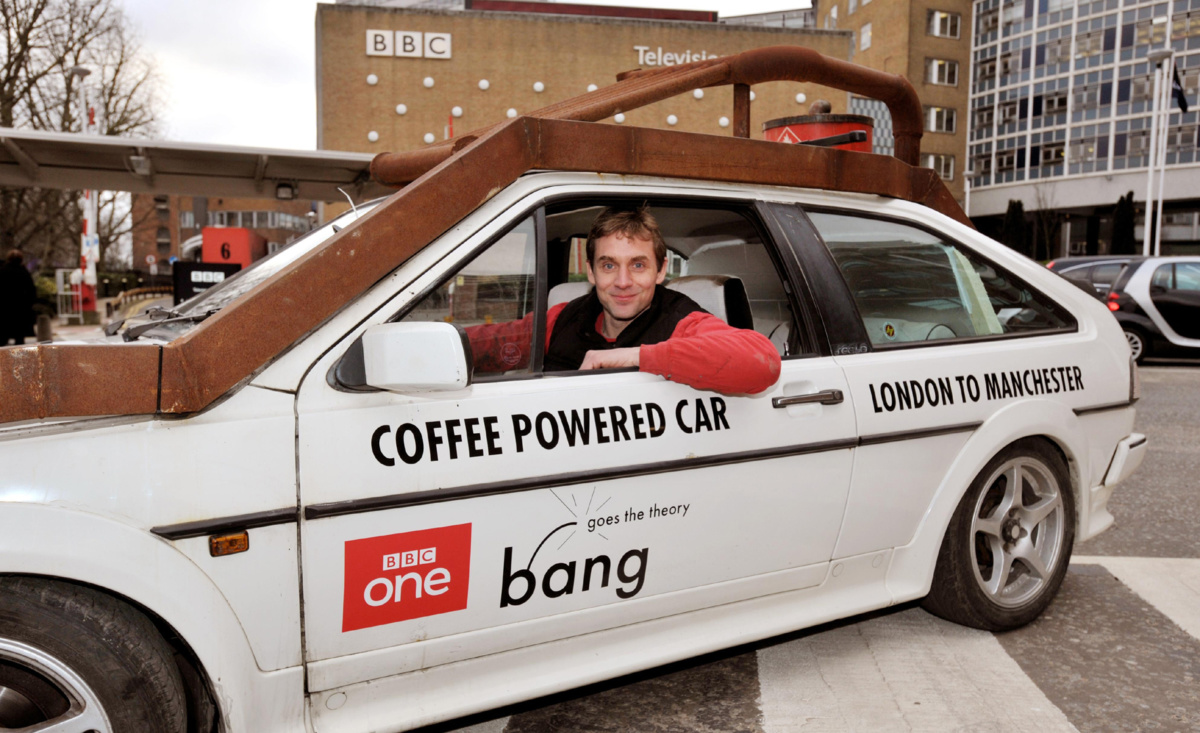 подборка самых странных и курьезных автомобильных рекордов Гиннеса - машина работающая на кофе