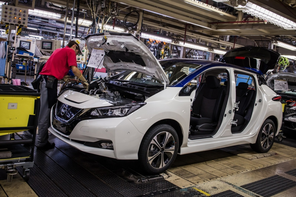 Производство Nissan Leaf e-plus