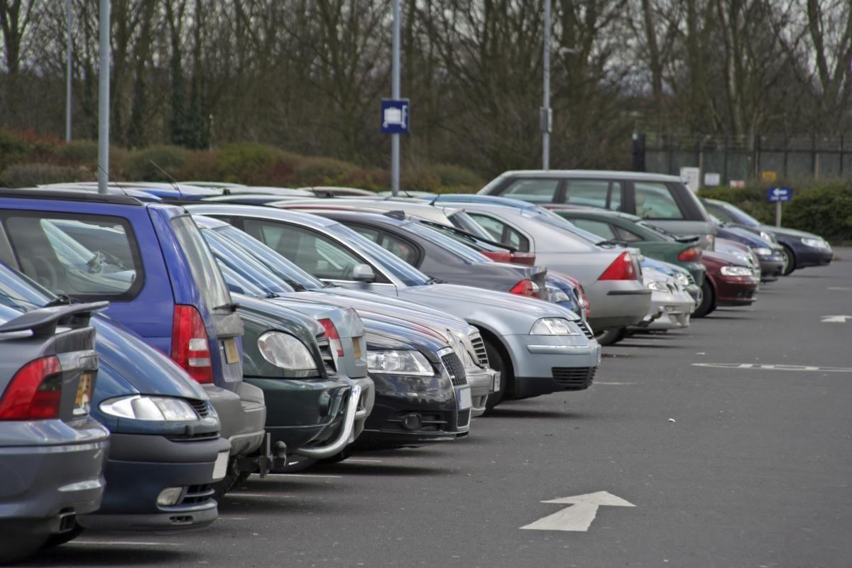 В каких случаях могут забрать авто на штрафплощадку - неправильная парковка