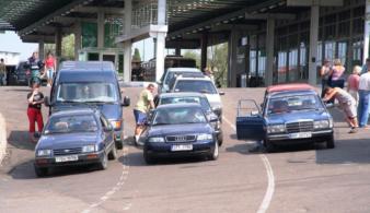 Украинские бляхи наводнят российские дороги?