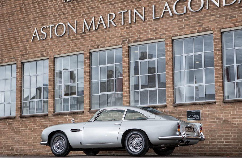 Aston Martin DB5 Bond