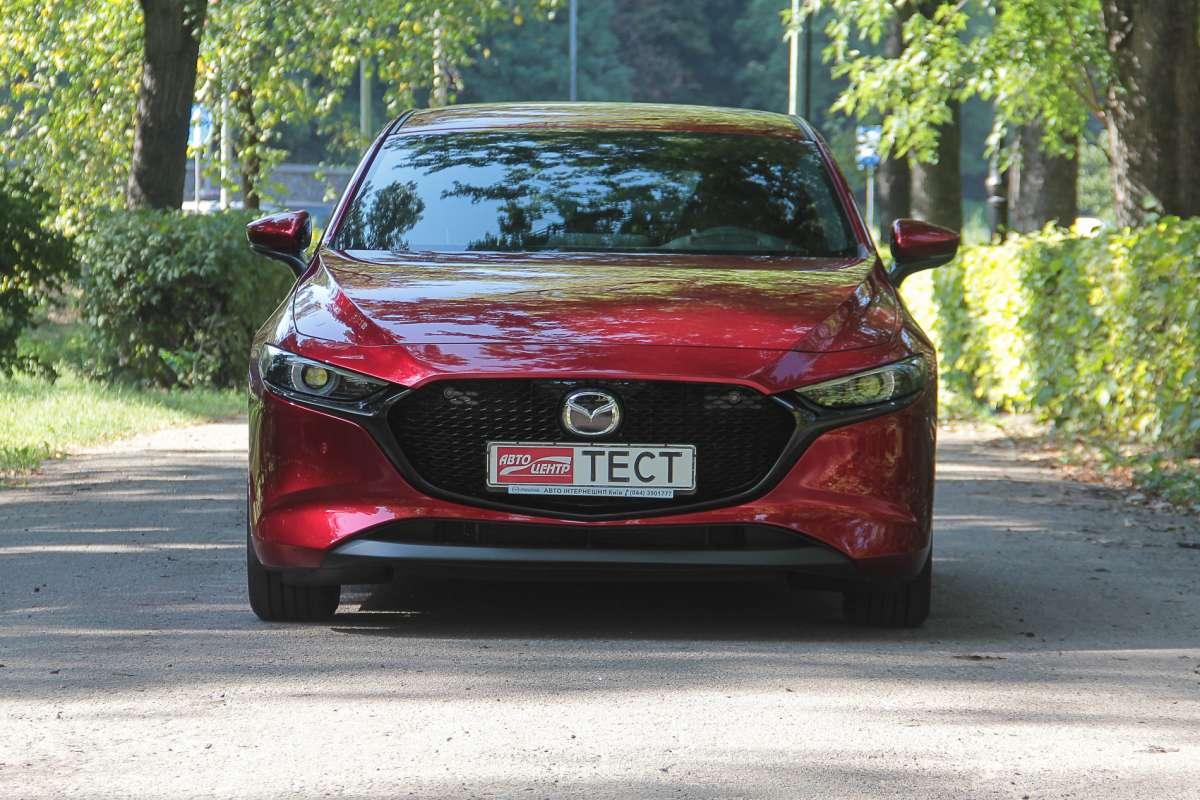 Тест Mazda 3: дизайн или драйв?