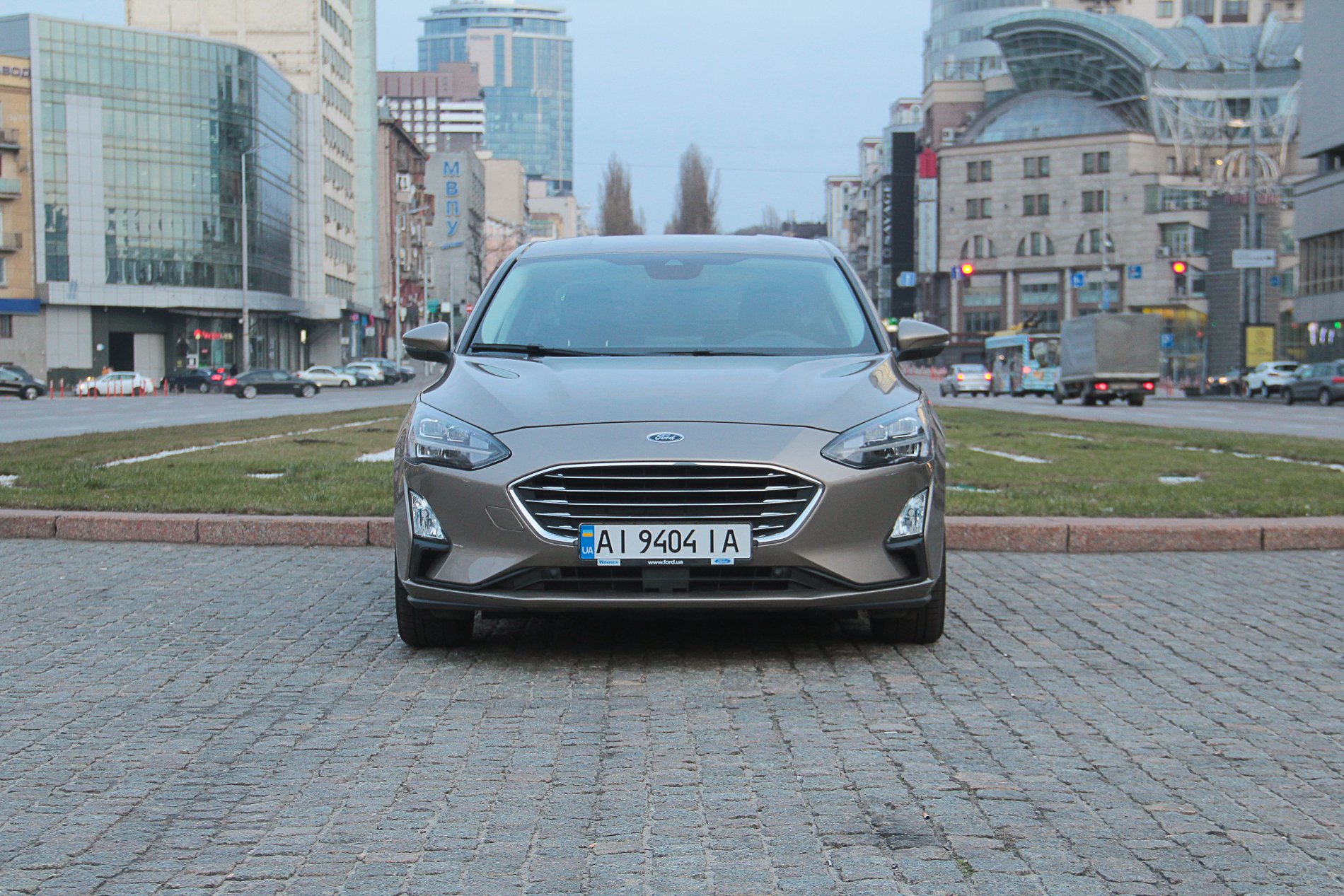 Ford Focus седан: новая платформа и литровый мотор