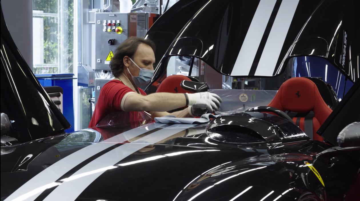Итальянская компания Ferrari объявила о перезапуске своих производственных мощностей