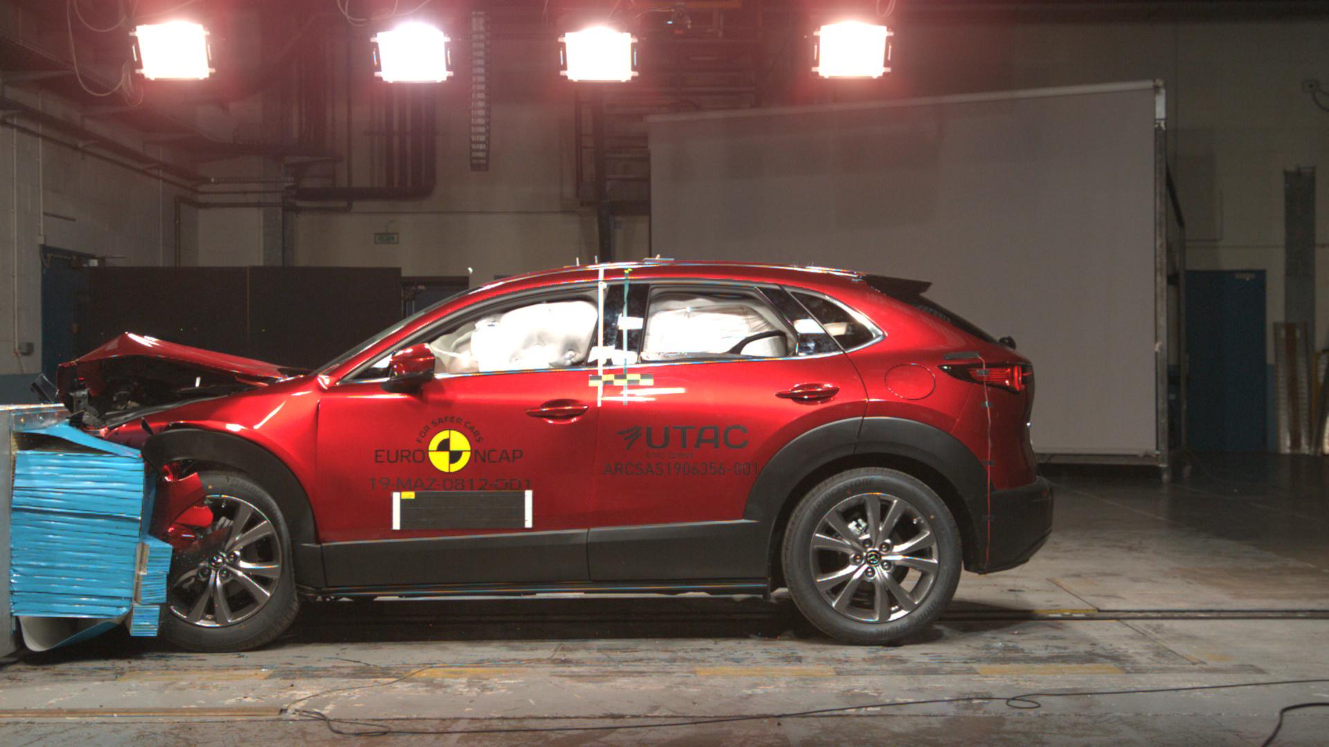 Mazda-CX-30 EuroNCAP