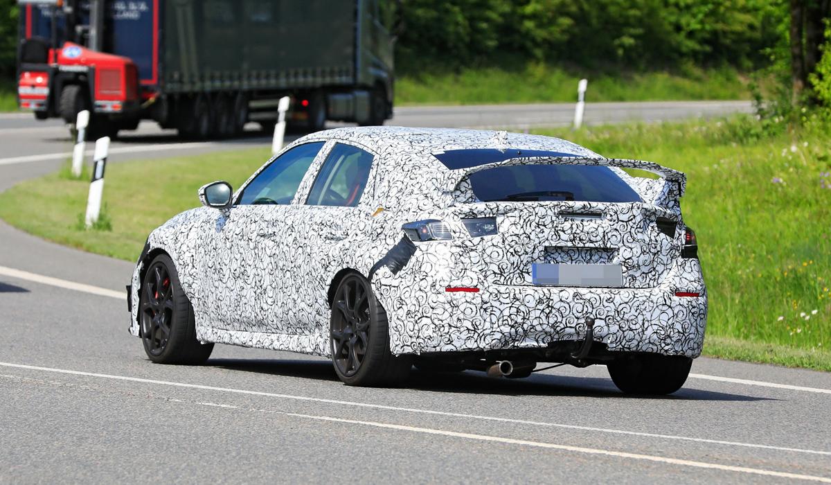 В Сети появились шпионские снимки нового Honda Civic Type R (ФОТО)