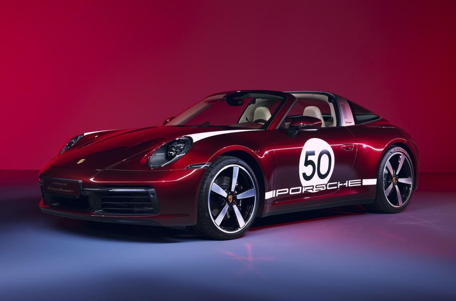 У нового Porsche 911 появилась коллекционная модификация