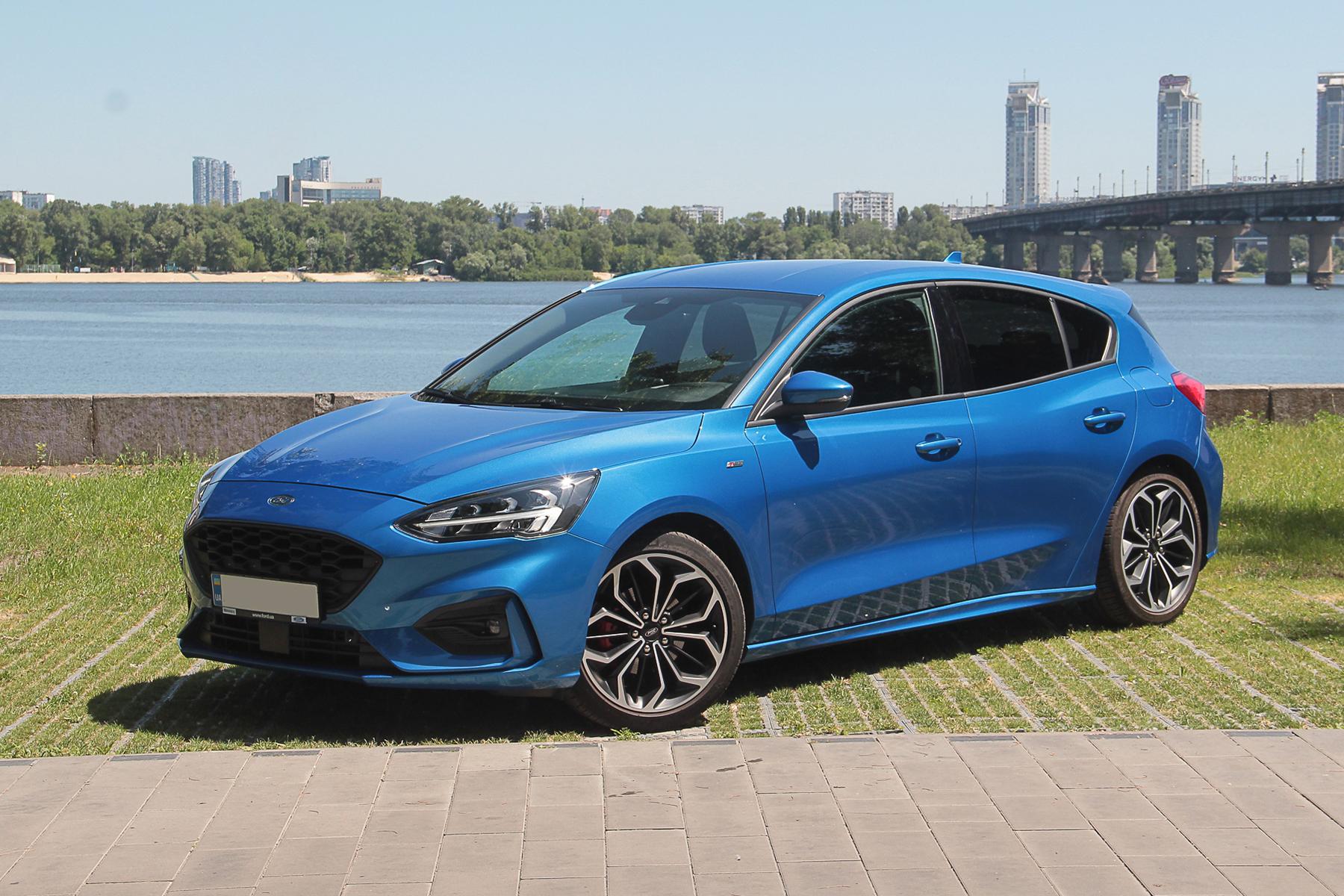 Тест-драйв Ford Focus ST-Line: заявка на спорт