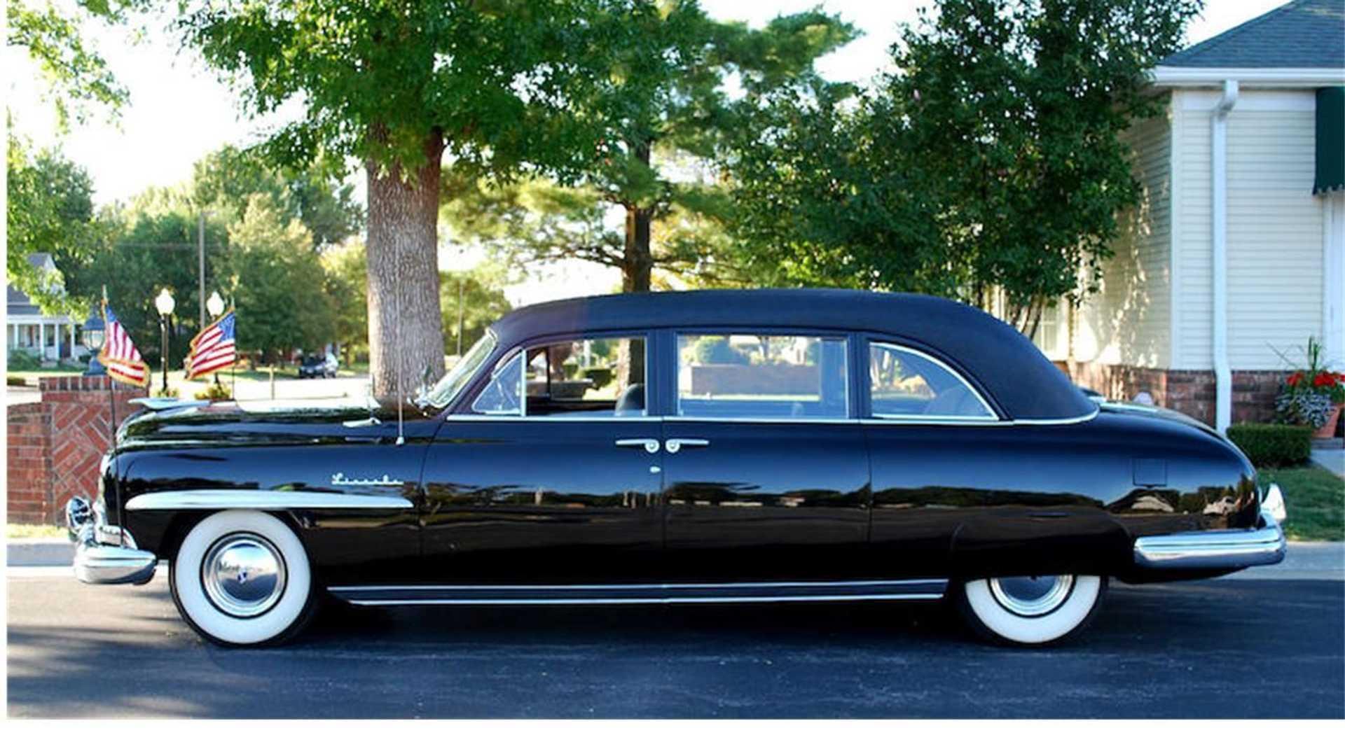 Лимузин Lincoln Continental 33-го президента США продадут на аукционе: цена удивляет