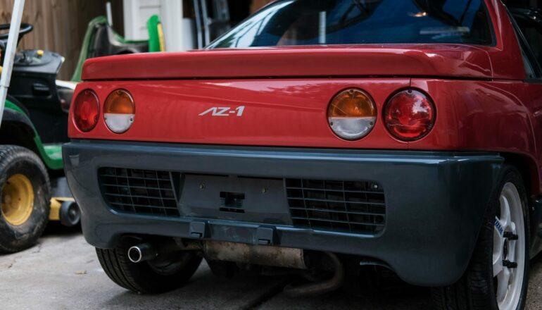 В продаже появилась уникальная Mazda с двигателем посередине