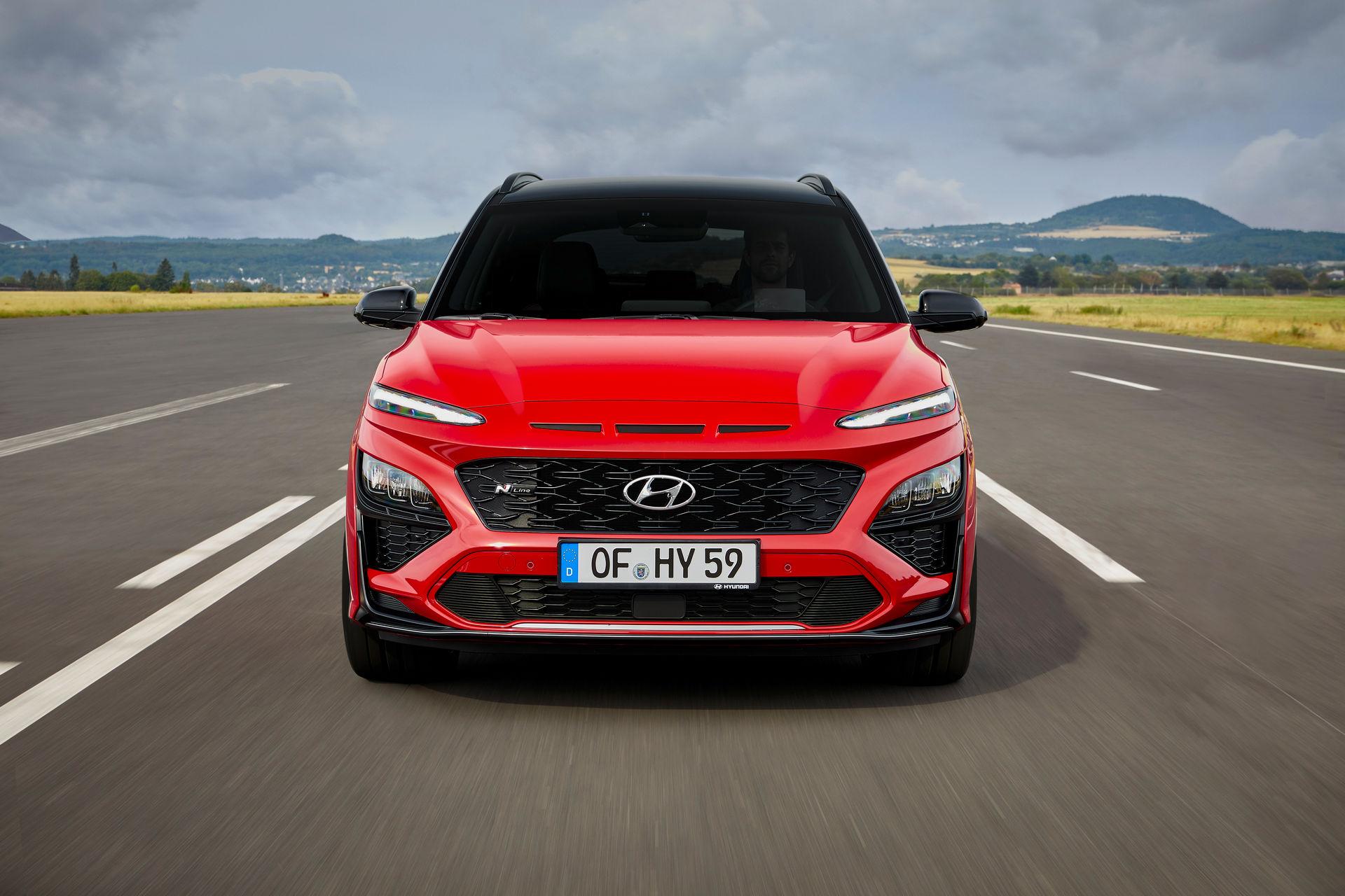 Кроссовер Hyundai Kona 2021: агрессивный дизайн и две педали на МКПП -  Автоцентр.ua