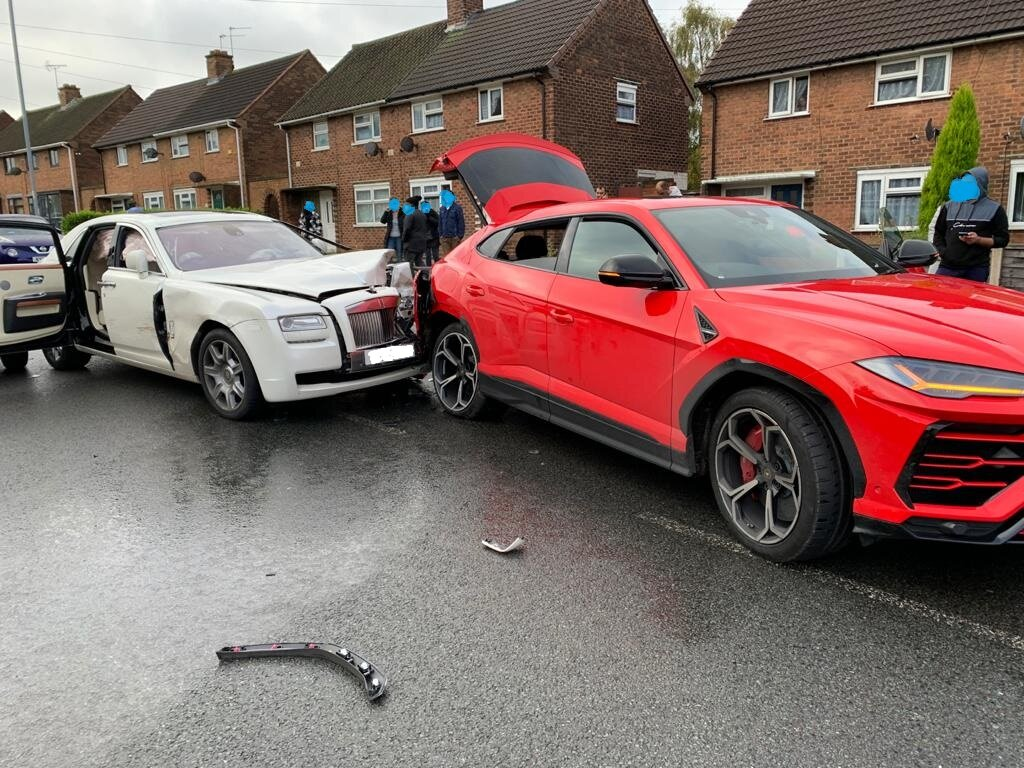 ДТП на Rolls-Royce: врезался в Lamborghini Urus и сбежал (фото)
