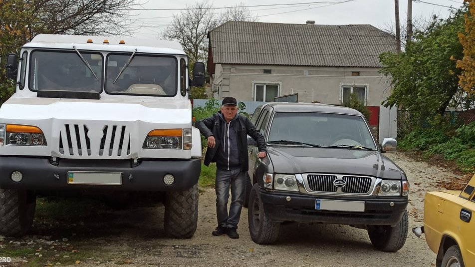 На Тернопольщине построили внедорожник «Украина» (видео)