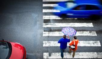 За пешеходов замолвите слово или как выжить на наземном переходе