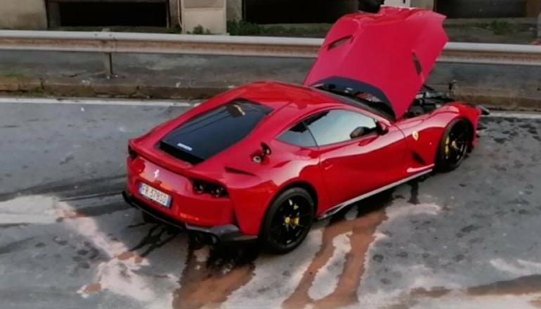 Автомойщик разбил 800-сильный Ferrari итальянского футболиста (фото)