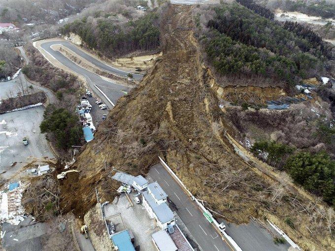 Мощное землетрясение в Японии разрушило культовый гоночный трек (ФОТО)