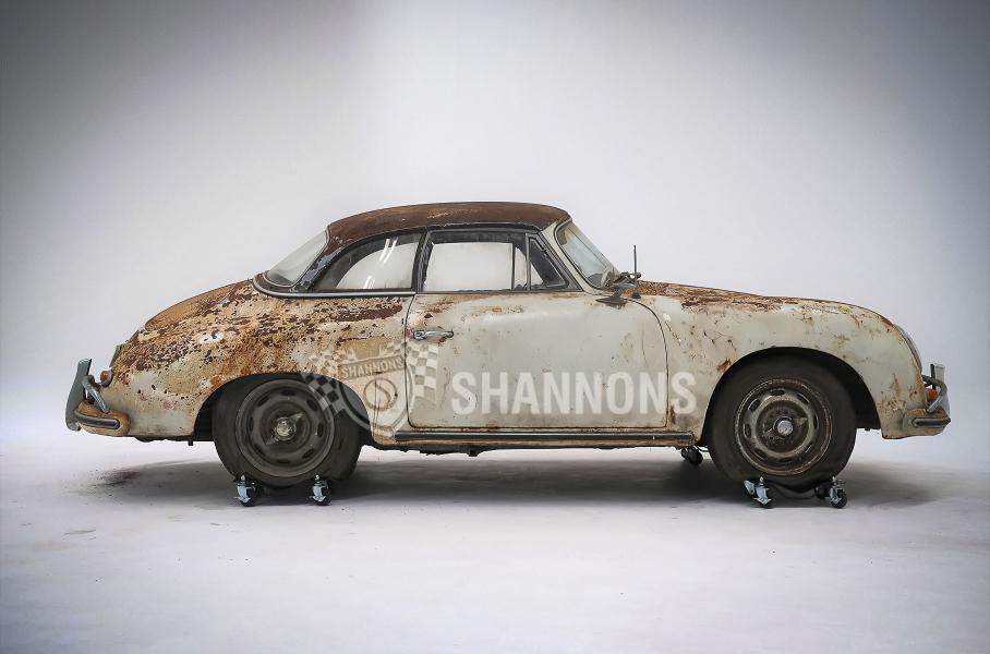Ржавый спорткар Porsche 1958 года продали за 230 000 долларов