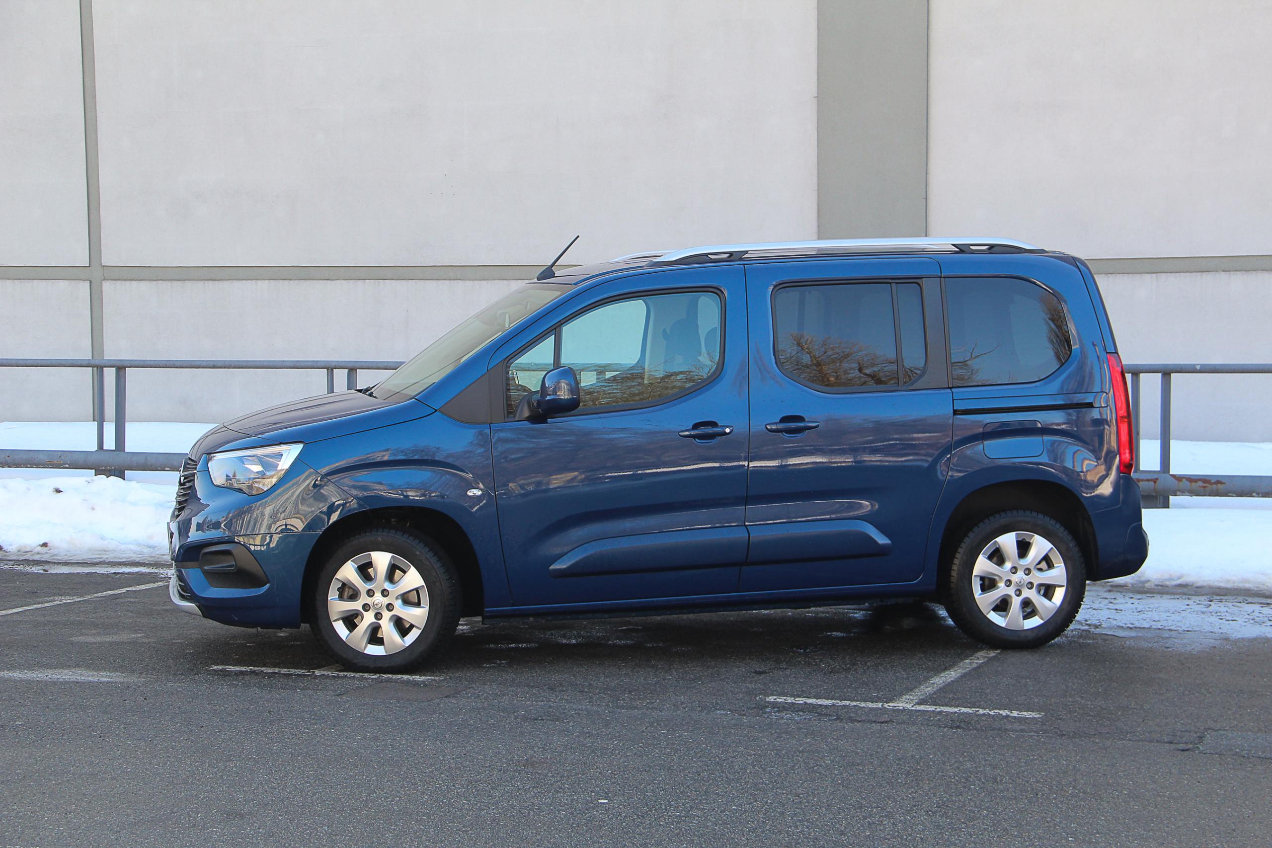 Тест-драйв Opel Combo Life: если нужен универсальный помощник (видео)
